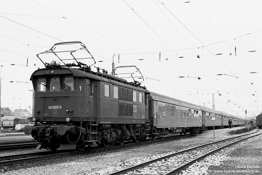 http://www.bundesbahnzeit.de/dso/Chiemgau/b79-144_505.jpg