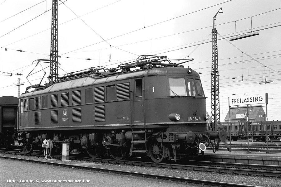 http://www.bundesbahnzeit.de/dso/Chiemgau/b84-118_024.jpg