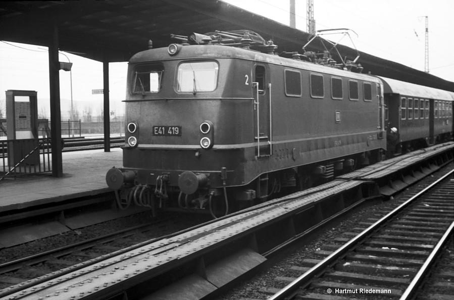 http://www.bundesbahnzeit.de/dso/DDL_mit_Rand/b05-E41_419.jpg