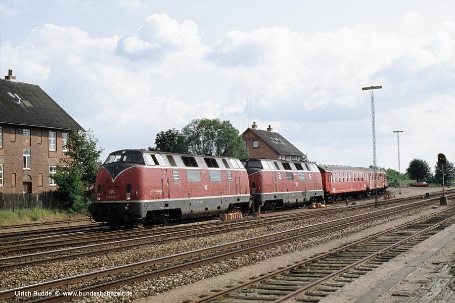 http://www.bundesbahnzeit.de/dso/Daenemark81/b36-220_013.jpg
