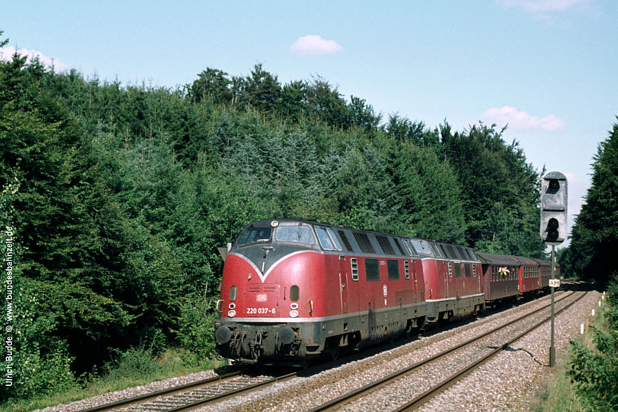 http://www.bundesbahnzeit.de/dso/Daenemark81/b57-220_037.jpg