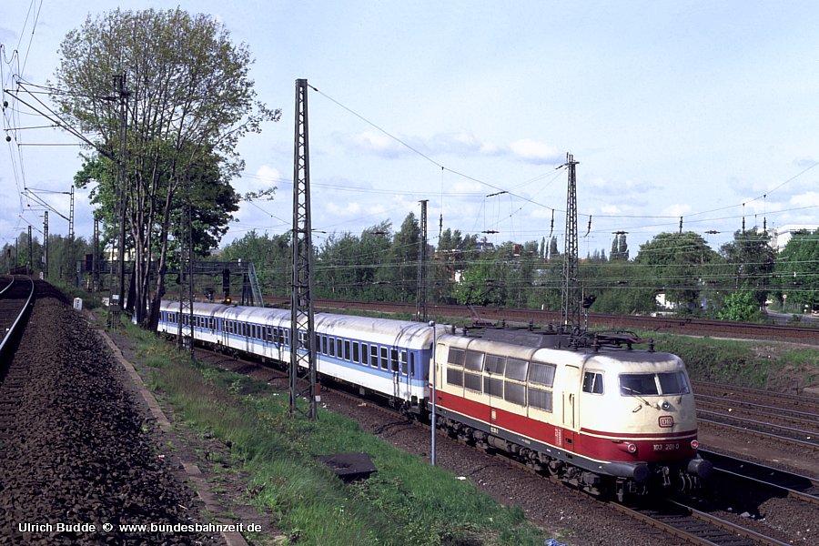 http://www.bundesbahnzeit.de/dso/Diebsteich/b38-103_201.jpg