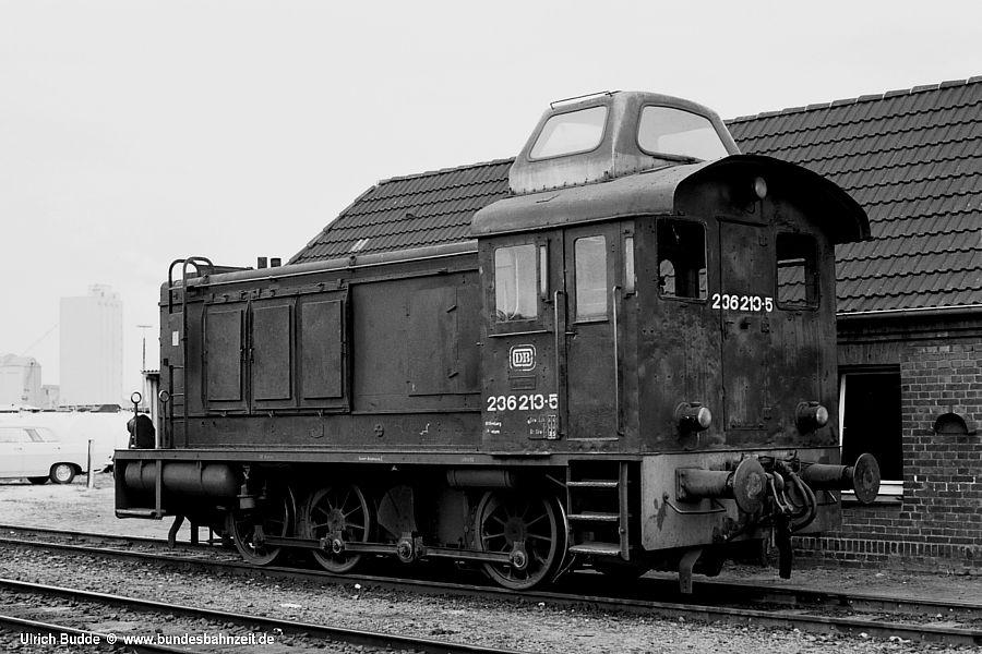 http://www.bundesbahnzeit.de/dso/Diesel-Paradies_S-H/b06-236_213.jpg
