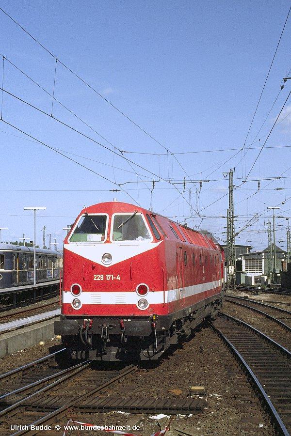 http://www.bundesbahnzeit.de/dso/Diverses/b01-229_171.jpg