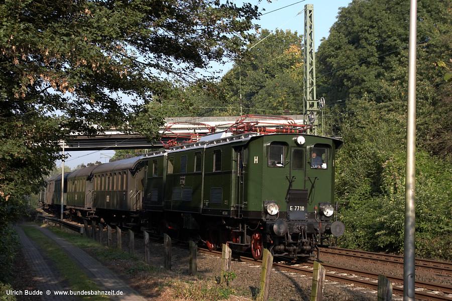 http://www.bundesbahnzeit.de/dso/E77/b01-E77_10.jpg