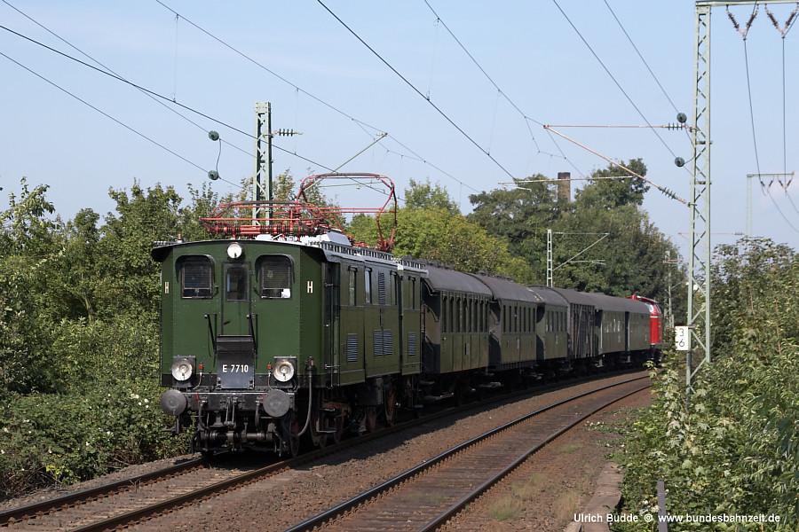 http://www.bundesbahnzeit.de/dso/E77/b04-E77_10.jpg