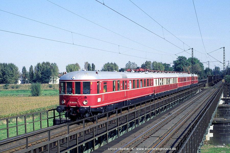 http://www.bundesbahnzeit.de/dso//ET25/b05-ET25_015a.jpg