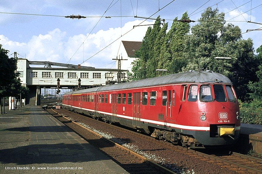 http://www.bundesbahnzeit.de/dso/ET30/b01-430_104.jpg