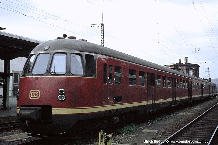 http://www.bundesbahnzeit.de/dso/ET30/b06-ET30_001a.jpg