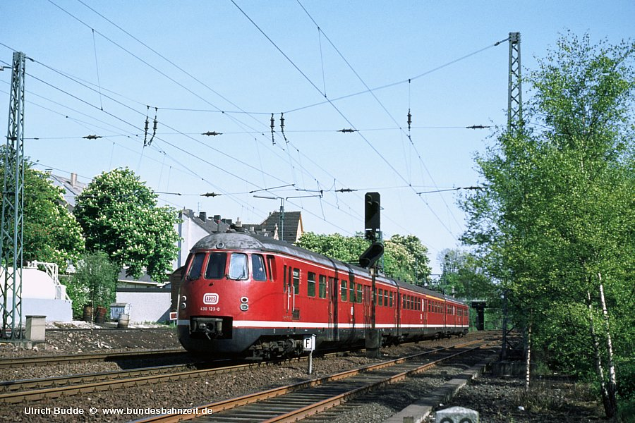 http://www.bundesbahnzeit.de/dso/Eierkoepfe/b07-430_123.jpg