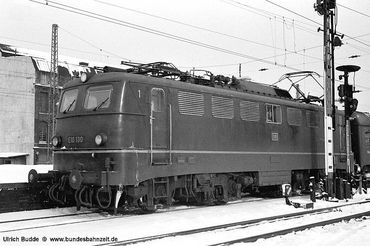http://www.bundesbahnzeit.de/dso/Einheitselloks/b01-E10_130.jpg