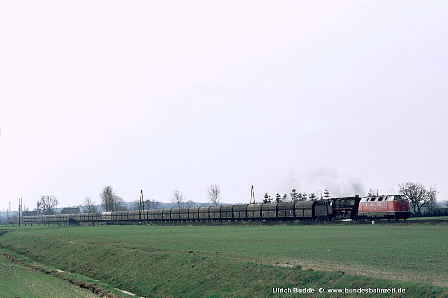 http://www.bundesbahnzeit.de/dso/Emsland-Diesel/b15-220_004+043_094.jpg