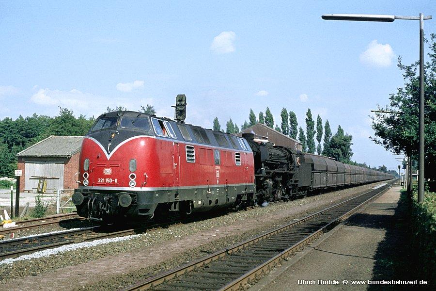 http://www.bundesbahnzeit.de/dso/Emsland-Diesel/b24-221_150+042_218.jpg