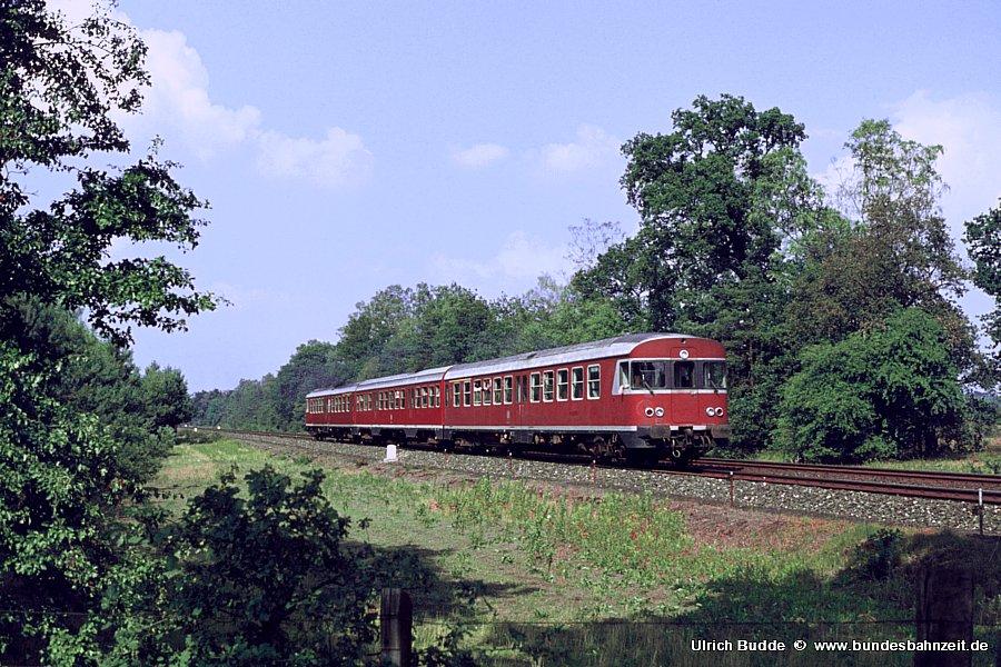http://www.bundesbahnzeit.de/dso/Emsland-Diesel/b27-624_620.jpg