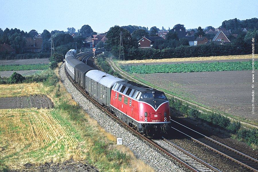 http://www.bundesbahnzeit.de/dso/Emsland-Diesel/b30-220_073.jpg