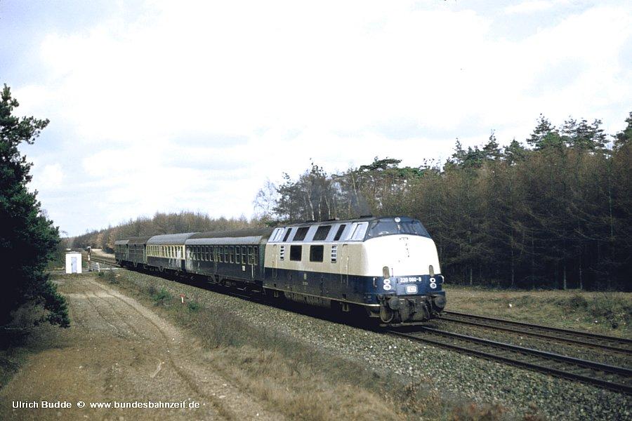 http://www.bundesbahnzeit.de/dso/Emsland-Diesel/b32-220_060.jpg