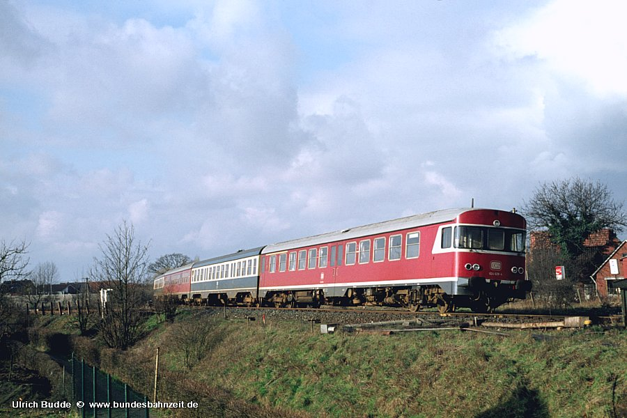 http://www.bundesbahnzeit.de/dso/Emsland-Diesel/b35-624_628.jpg