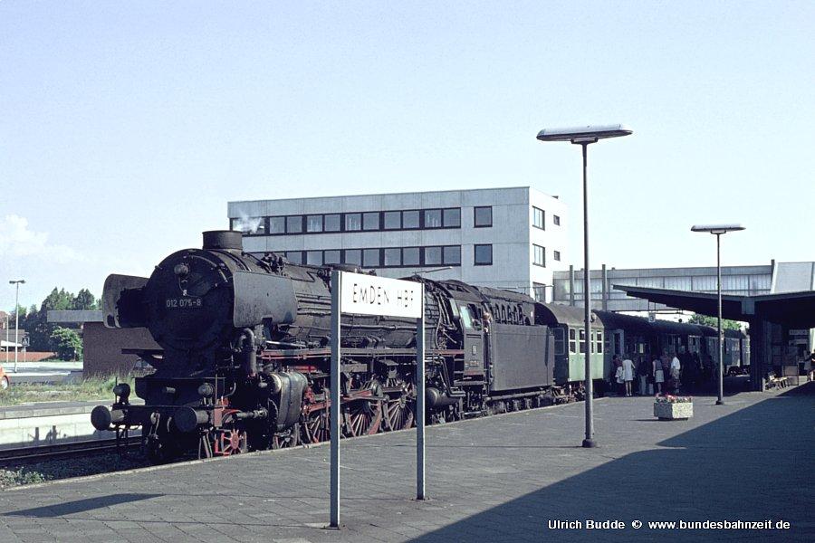 http://www.bundesbahnzeit.de/dso/Emsland_Dampf/b04-012_075.jpg