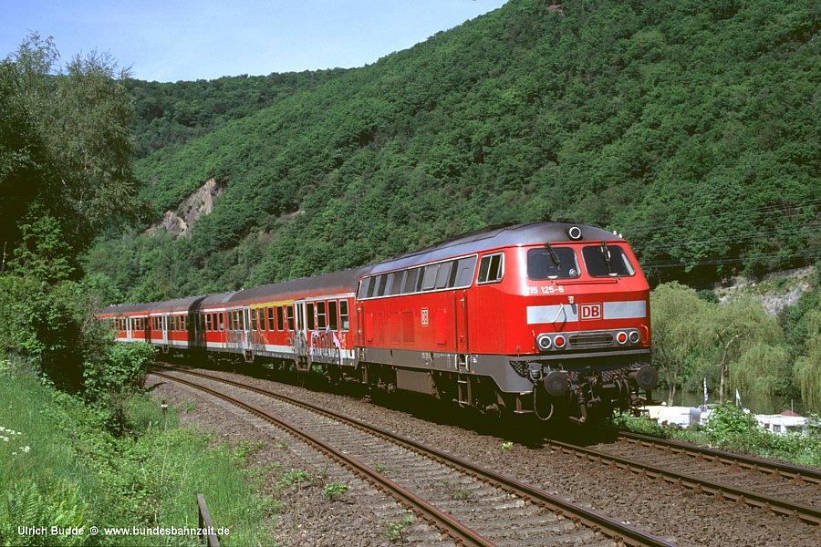 http://www.bundesbahnzeit.de/dso/Face-Lifting/b10-215_125.jpg
