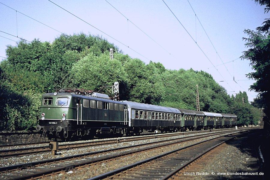 http://www.bundesbahnzeit.de/dso/Gal_Baureihe_140/b01-140_694.jpg