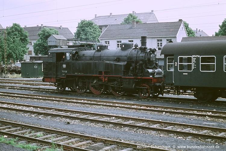 http://www.bundesbahnzeit.de/dso/HS/70-79/b32-75_1120.jpg