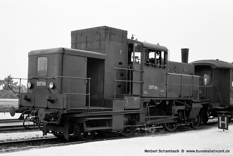 http://www.bundesbahnzeit.de/dso/HS/70-79/b47-3071_16.jpg