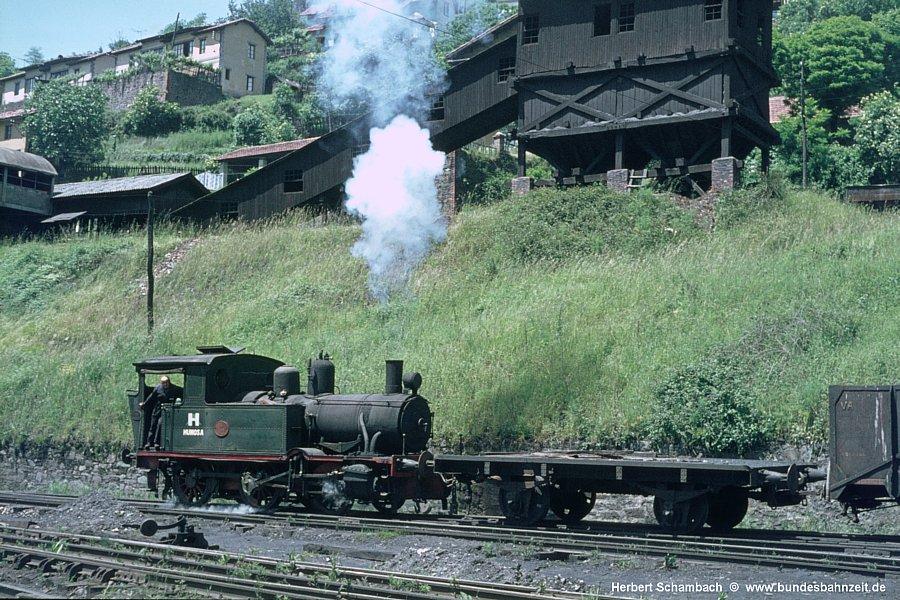 http://www.bundesbahnzeit.de/dso/HS/Asturien/b44-HUN_110.jpg