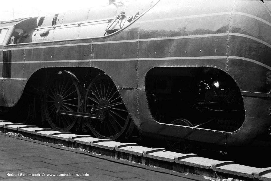 http://www.bundesbahnzeit.de/dso/HS/Belgien/b30-12_004.jpg