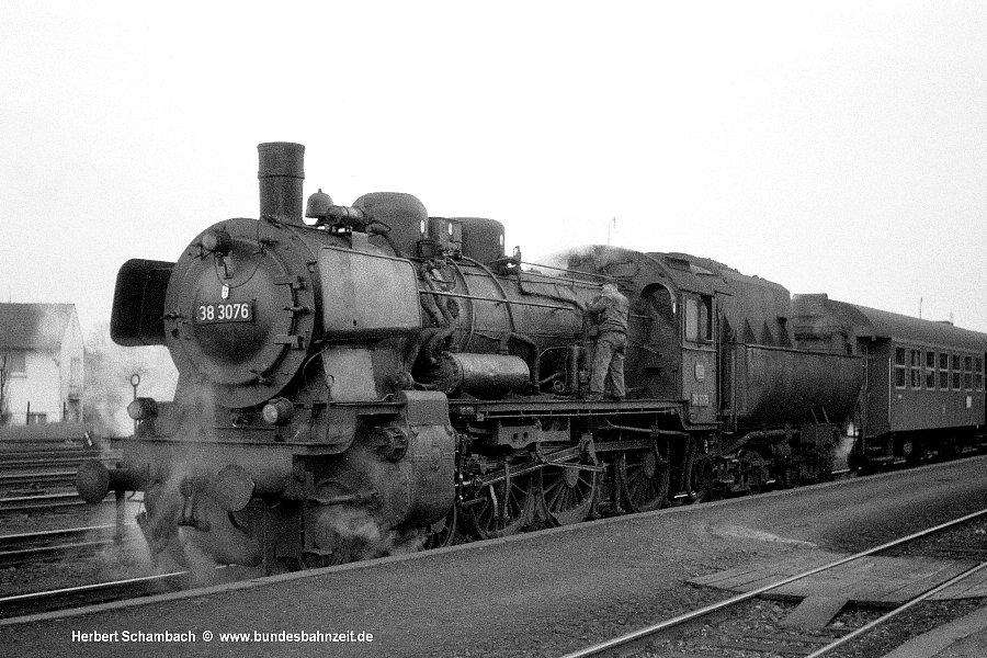 http://www.bundesbahnzeit.de/dso/HS/Hattingen/b16-38_3076.jpg