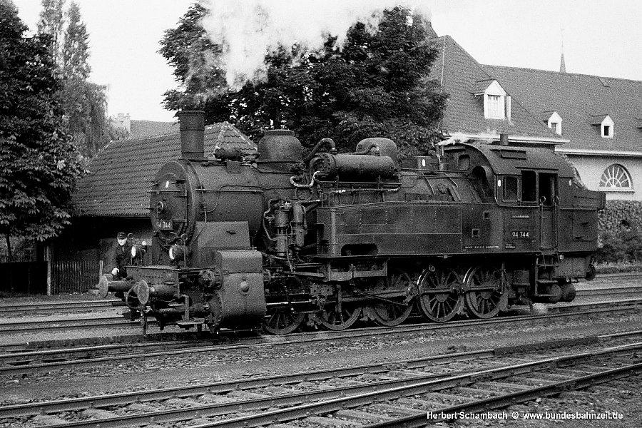 http://www.bundesbahnzeit.de/dso/HS/Hattingen/b59-94_744.jpg