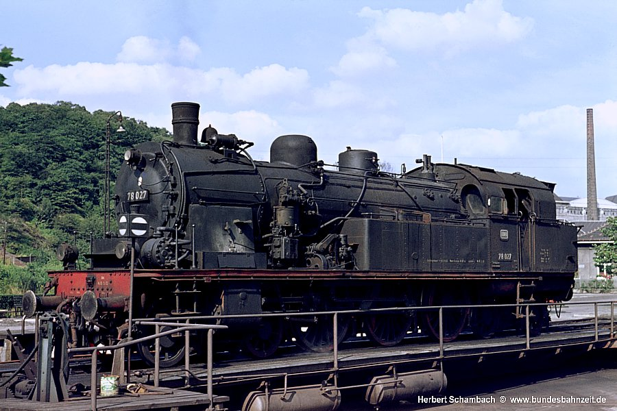 http://www.bundesbahnzeit.de/dso/HS/Hattingen/b71-78_027.jpg