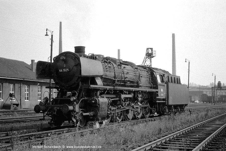http://www.bundesbahnzeit.de/dso/HS/Hattingen/b76-44_1025.jpg