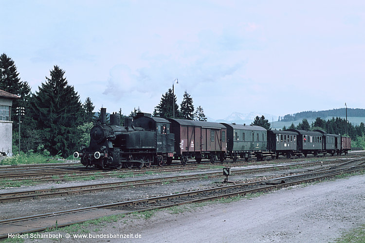http://www.bundesbahnzeit.de/dso/HS/Roethenbach/b06-98_1026.jpg