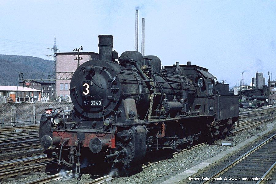 http://www.bundesbahnzeit.de/dso/HS/Tief_im_Westen/b13-57_3343.jpg