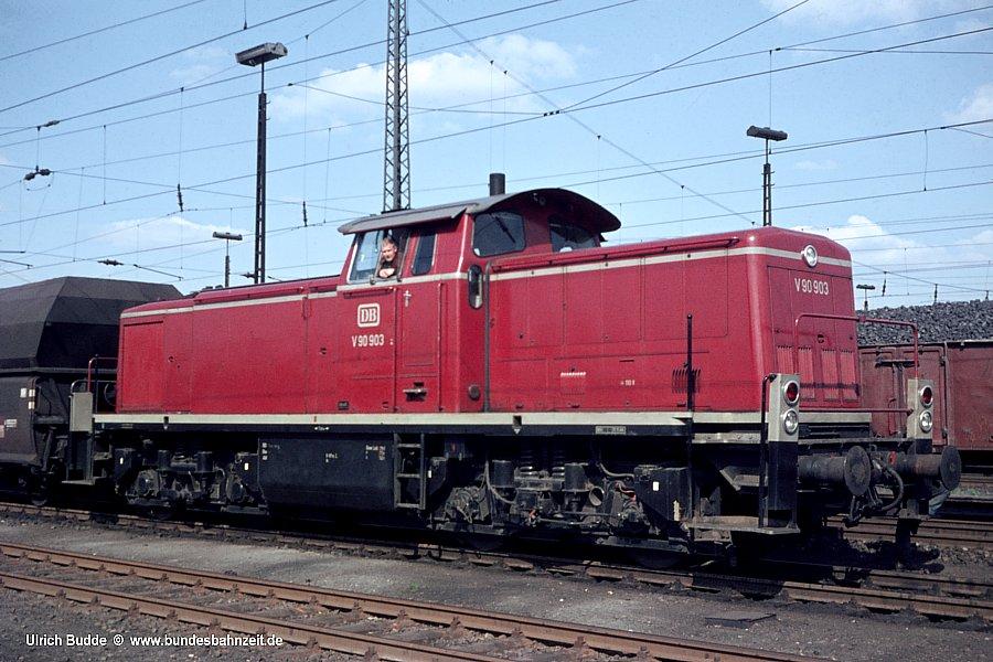 http://www.bundesbahnzeit.de/dso/Hamburg_68/b14-V90_903.jpg