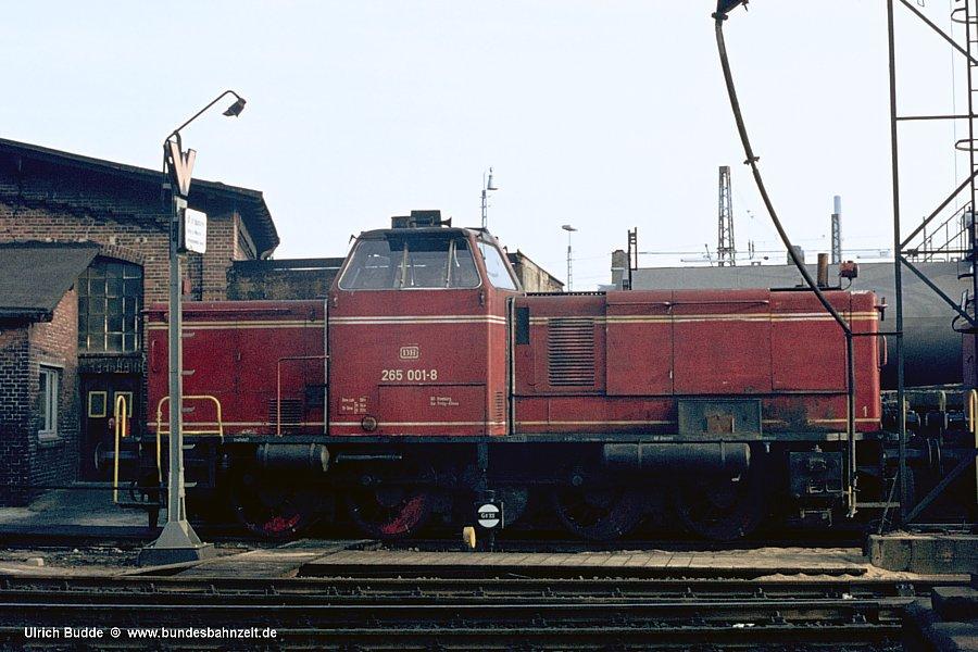 http://www.bundesbahnzeit.de/dso/Hamburg_75-11_Beifang/b11-265_001.jpg