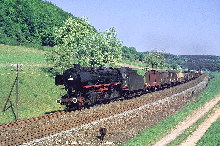 http://www.bundesbahnzeit.de/dso/Heute_vor_40Jahren-Ottbergen/b05-44_256.jpg