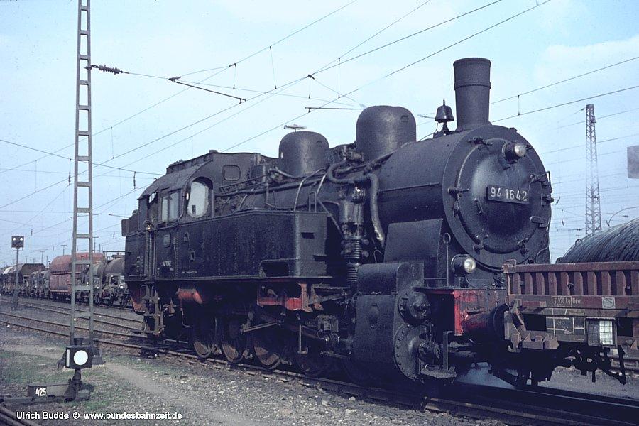 http://www.bundesbahnzeit.de/dso/Hohenbudberg/b19-94_1642.jpg