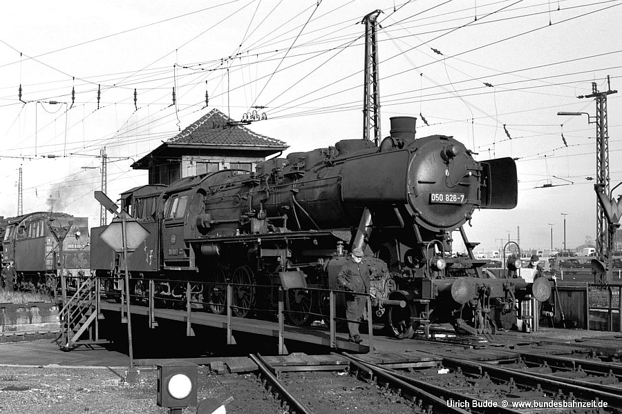 http://www.bundesbahnzeit.de/dso/Hohenbudberg/b52-050_826.jpg
