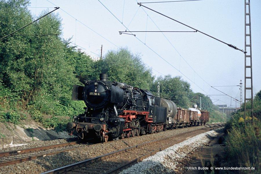 http://www.bundesbahnzeit.de/dso/Lehrte/b146-051_256.jpg