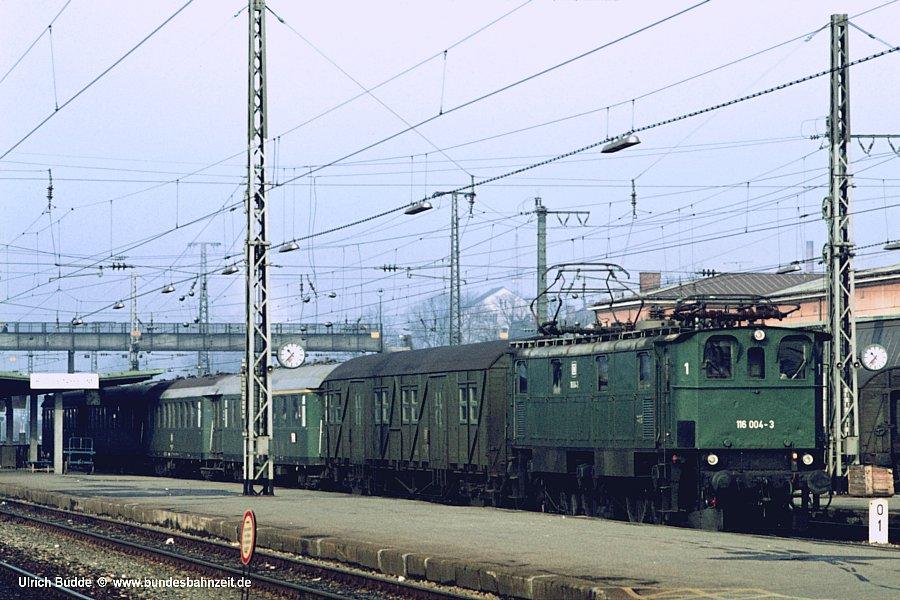 http://www.bundesbahnzeit.de/dso/MD4ie/b04-116_004.jpg