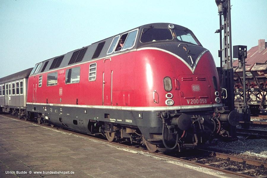 http://www.bundesbahnzeit.de/dso/Martin58/b05-V200_058.jpg