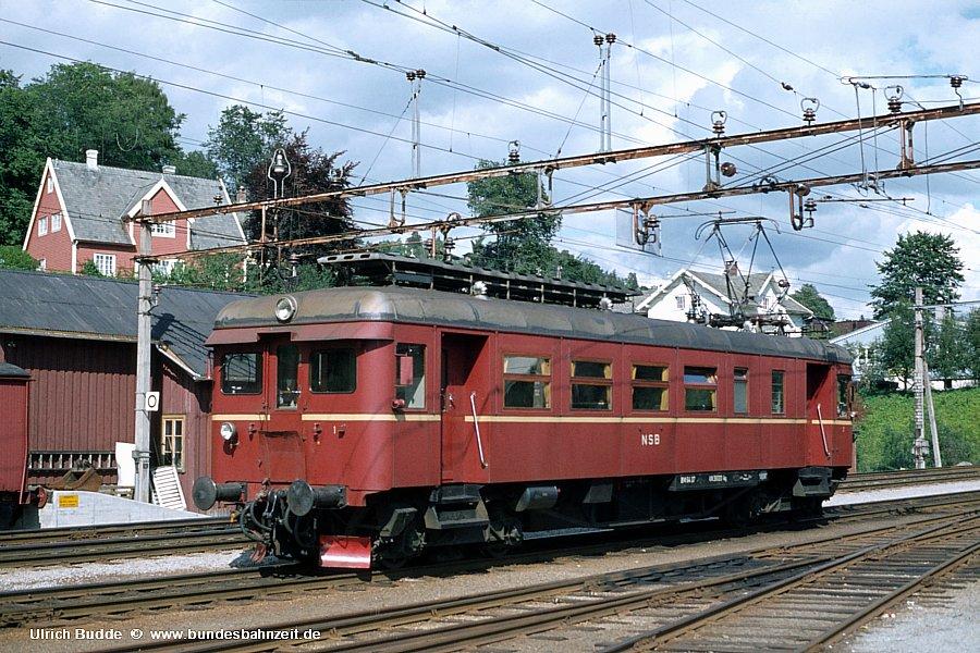 http://www.bundesbahnzeit.de/dso/Martin64/b04-BM_6417.jpg