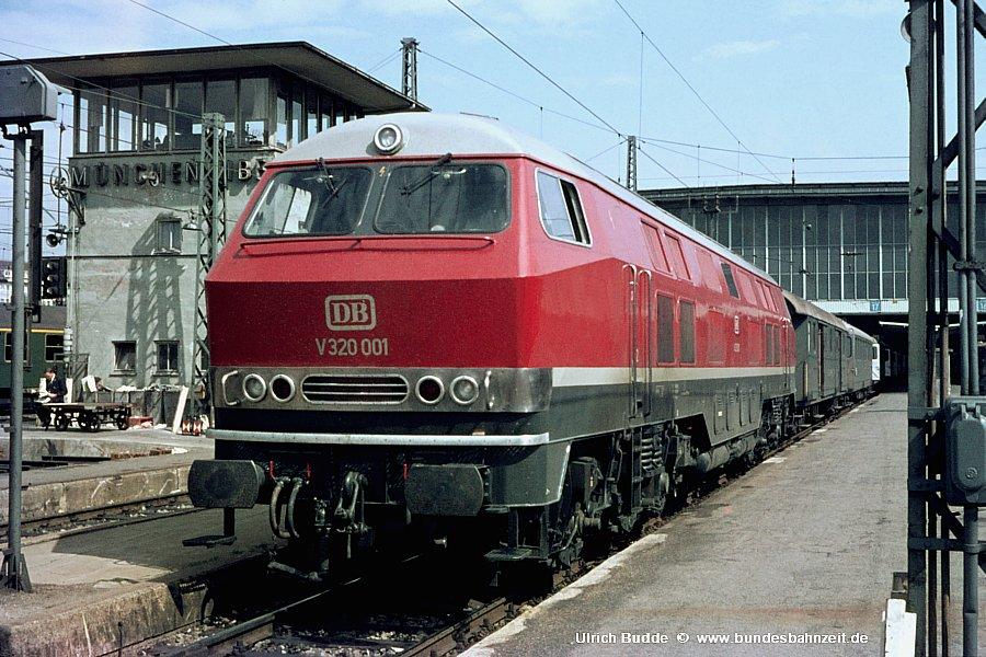 http://www.bundesbahnzeit.de/dso/Muenchen/b13-V320_001.jpg