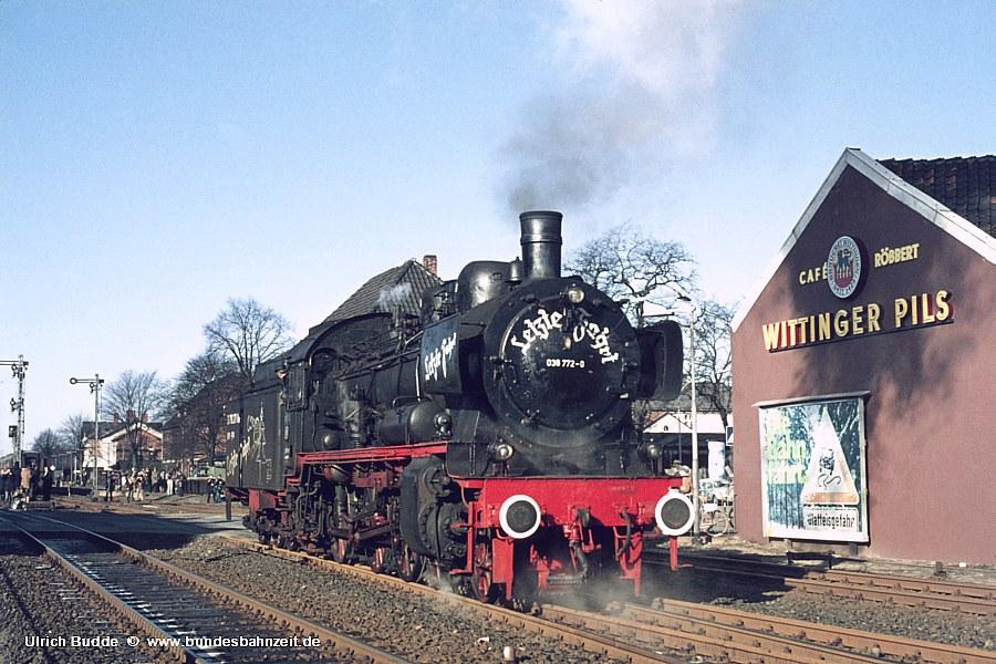 http://www.bundesbahnzeit.de/dso/P8-Abschiedsfahrt/b12-038_772.jpg