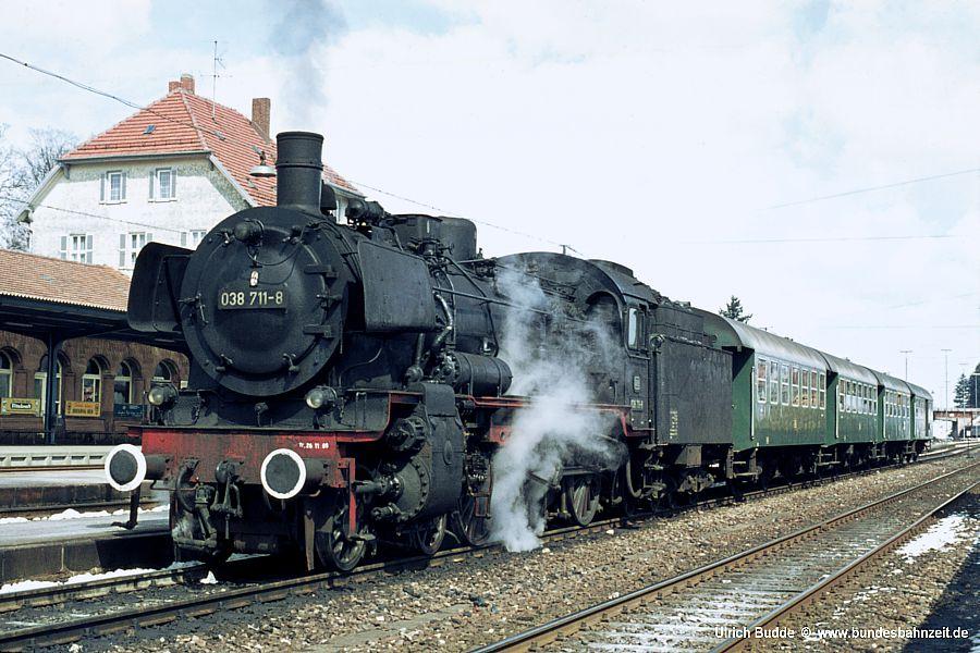 http://www.bundesbahnzeit.de/dso/P8_Kinzigtal/b03-038_711.jpg