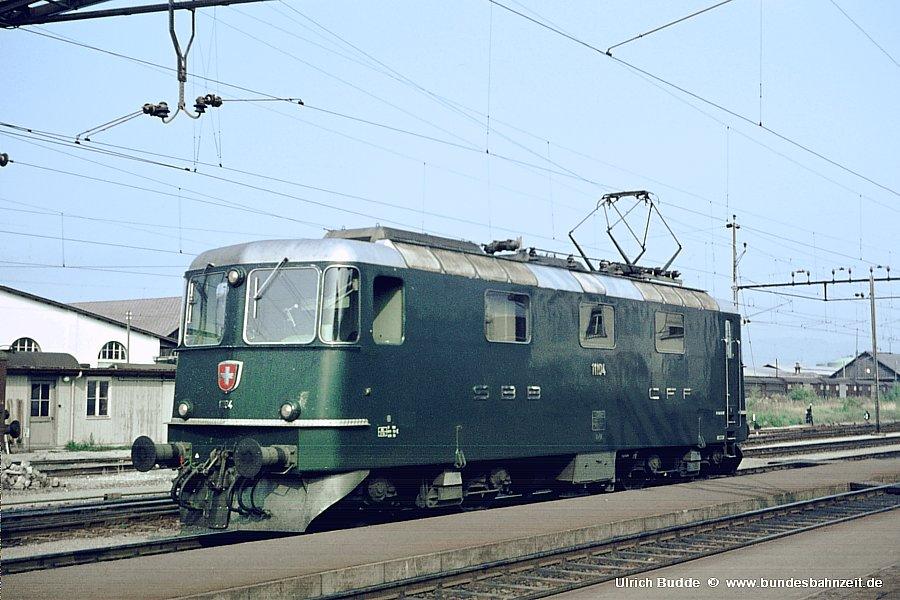http://www.bundesbahnzeit.de/dso/Rorschach/b21-Re44II_11104.jpg