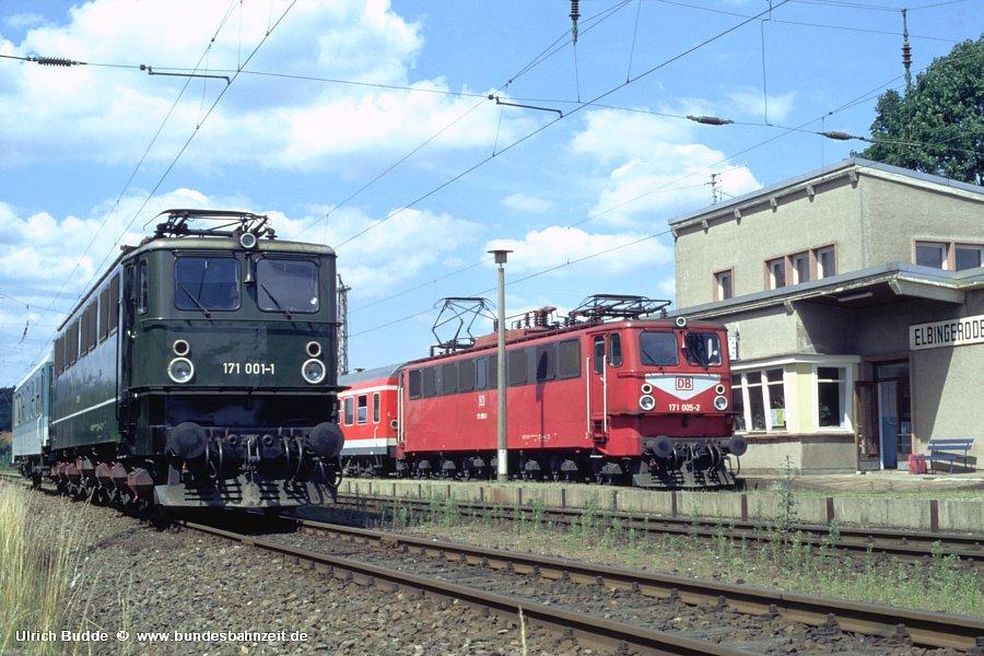 http://www.bundesbahnzeit.de/dso/Ruebelandbahn/b13-171_001,171_005.jpg
