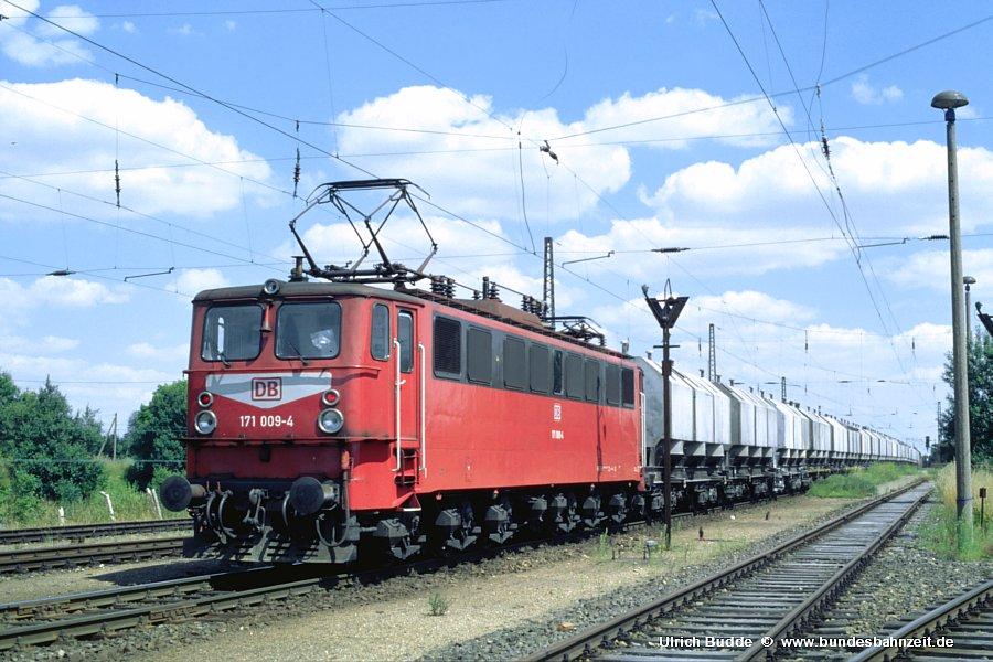 http://www.bundesbahnzeit.de/dso/Ruebelandbahn/b16-171_009.jpg