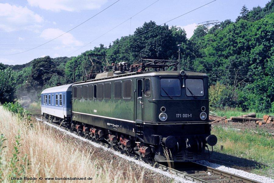 http://www.bundesbahnzeit.de/dso/Ruebelandbahn/b19-171_001.jpg
